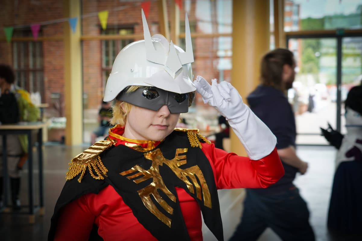 Desucon, Laura Veijalainen, cosplay, Gundam. Char Aznable