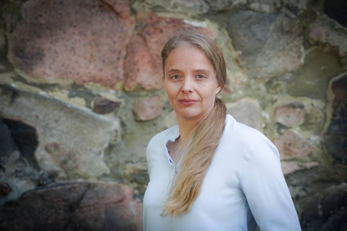 Nina Kokkinen, Totuudenetsijät, uskontotiede