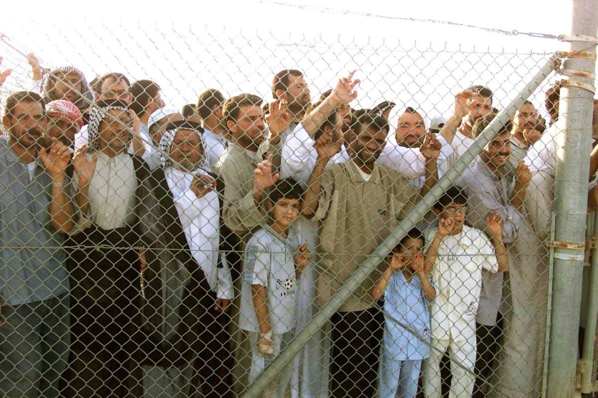 Irakilaispakolaisia Rafhan pakolaisleirillä Saudi-Arabiassa.