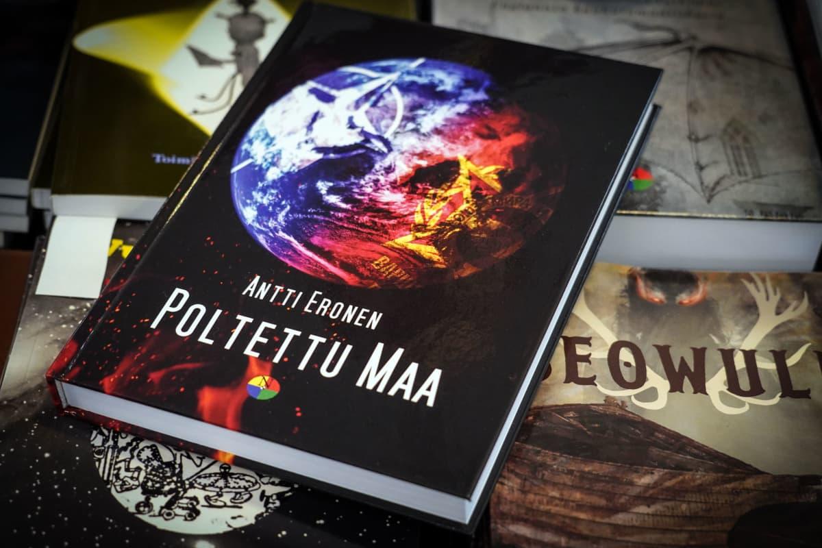 Antti Eronen, Poltettu maa, kirja