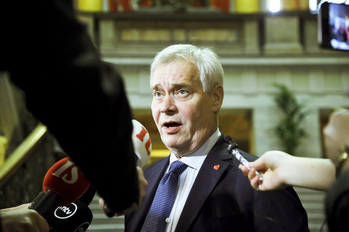 Pääministeri Antti Rinne tapasi mediaa ennen hallituksen budjettiriihen alkua Säätytalolla.