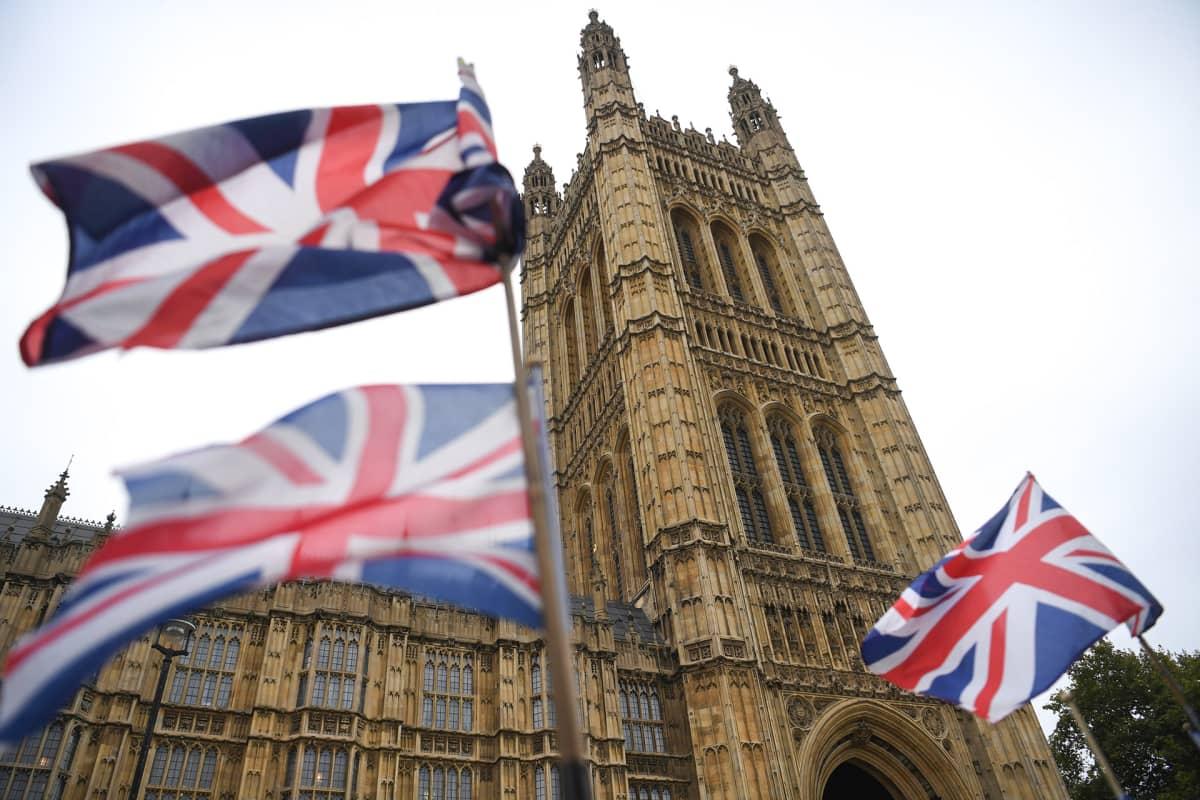 Näkymä Parlamenttitalosta Lontoossa.