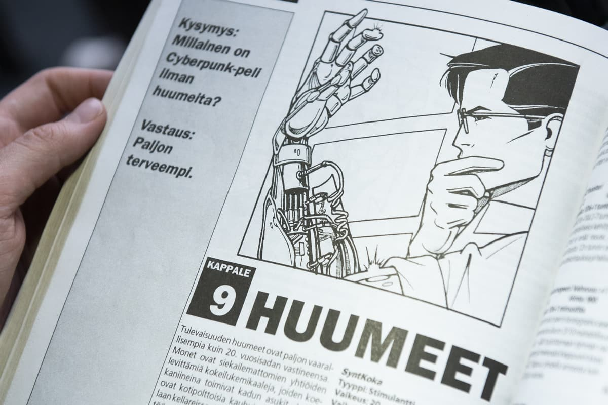Kuva Cyberpunk 2020 -pelin sääntökirjasta.