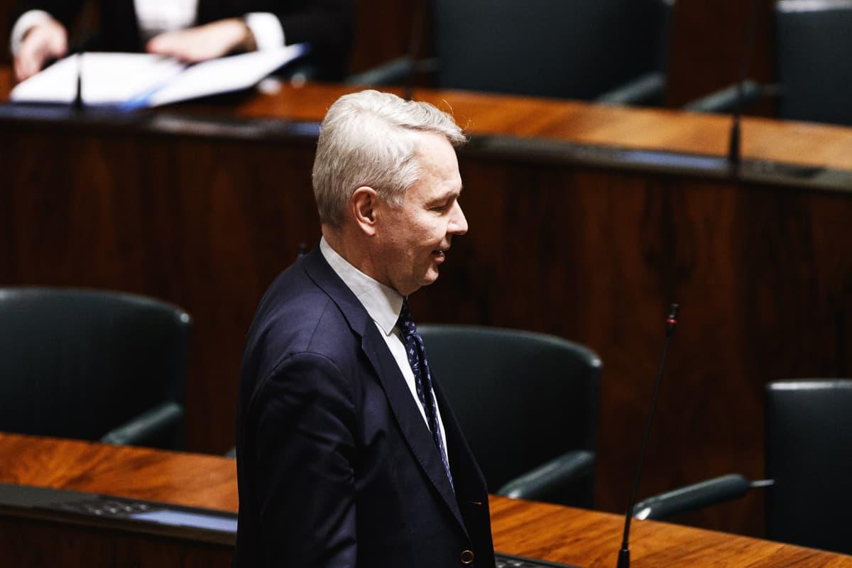Ulkoministeri Pekka Haavisto eduskunnan täysistunnossa.