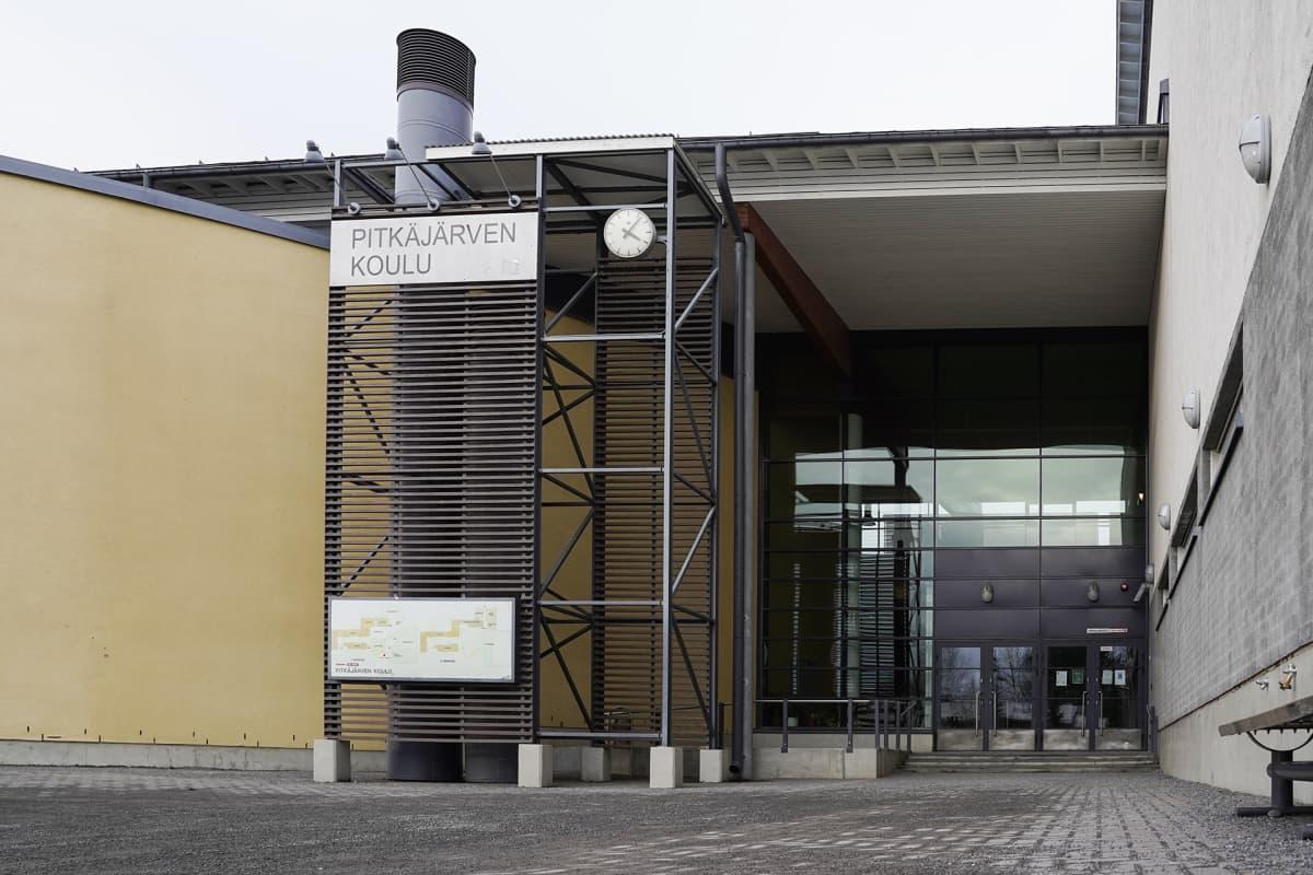 Pitkäjärven koulu