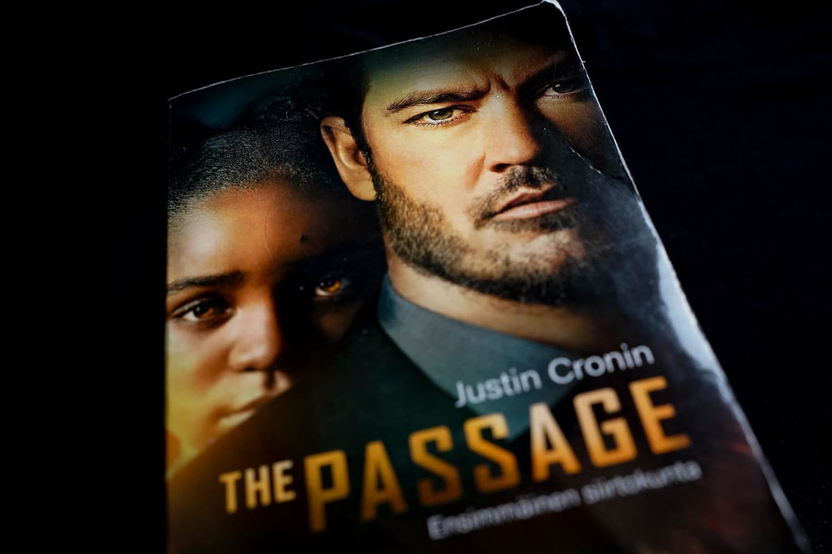Justin Cronin, The Passage, tieteiskirjallisuus, pandemia