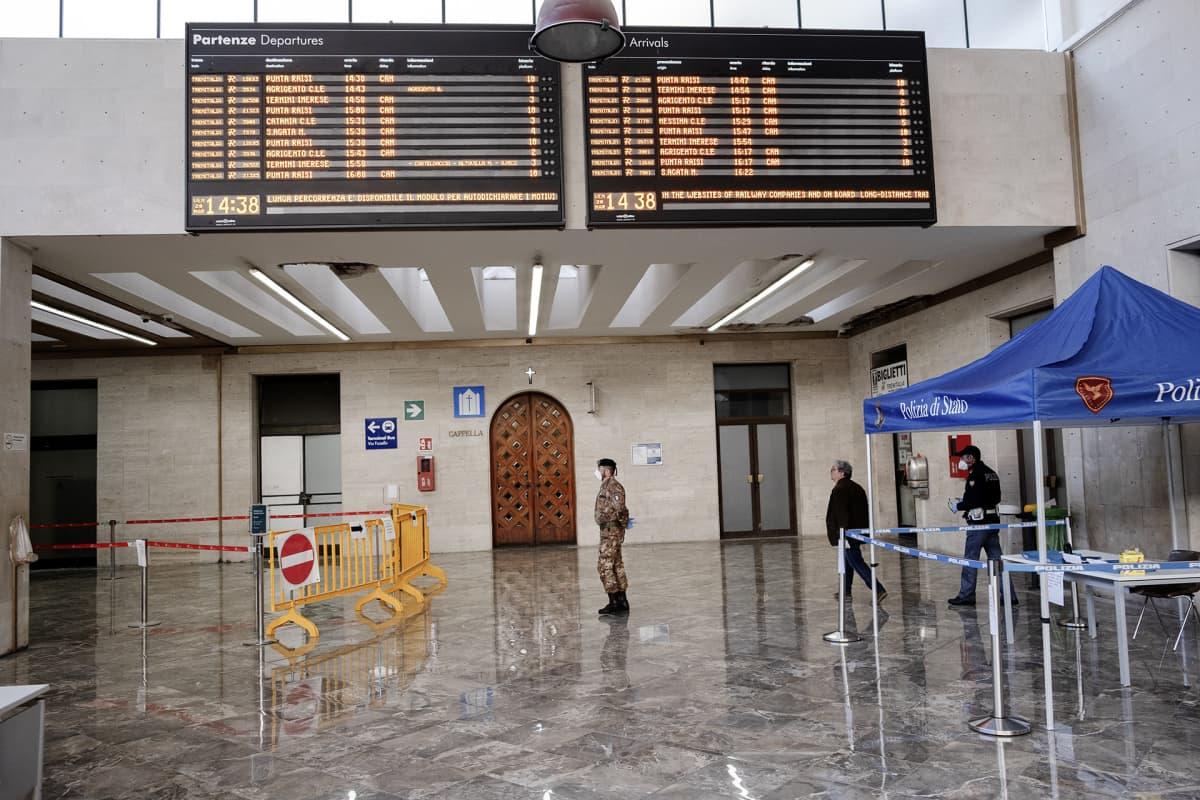 Rautatieasema.