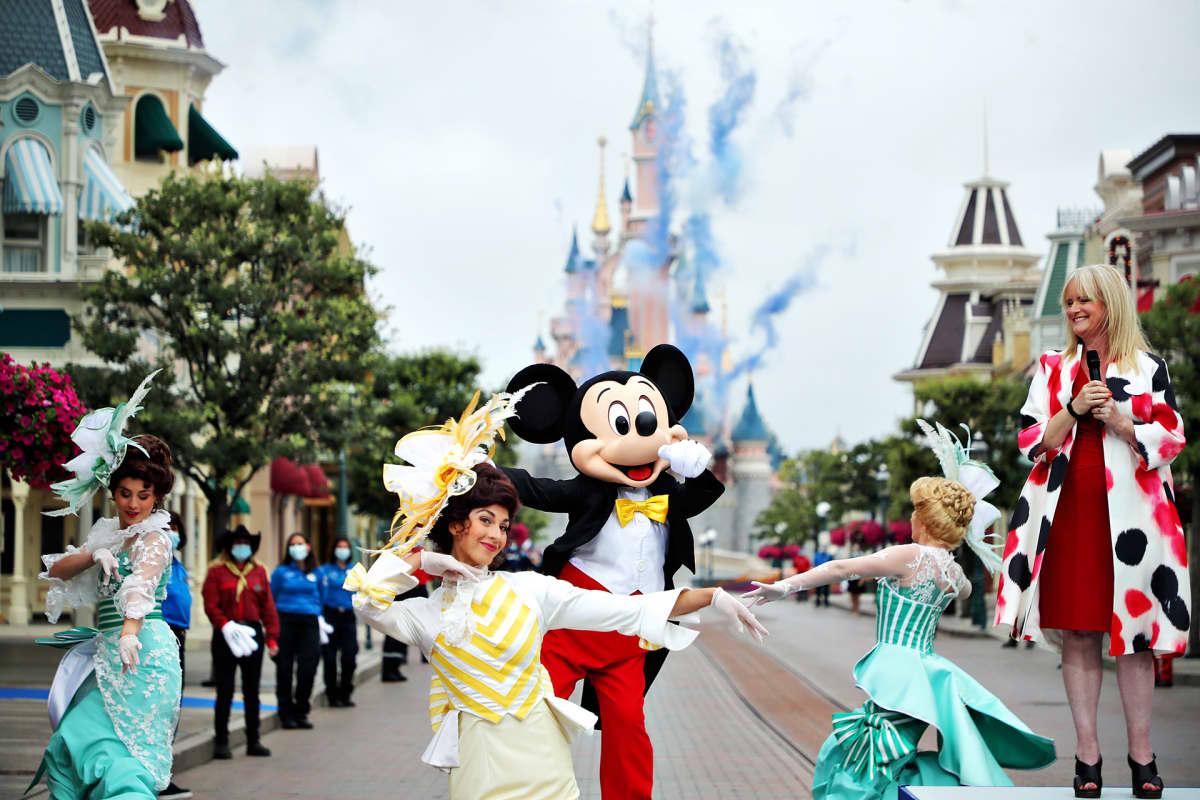 Pariisin Disneyland avattiin koronasulun jälkeen 15. heinäkuuta 2020.
