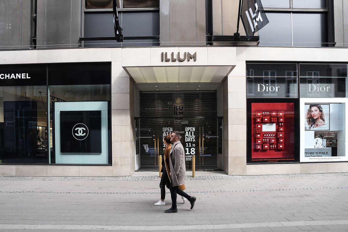 Kööpenhaminassa toimiva Illum tavaratalo.