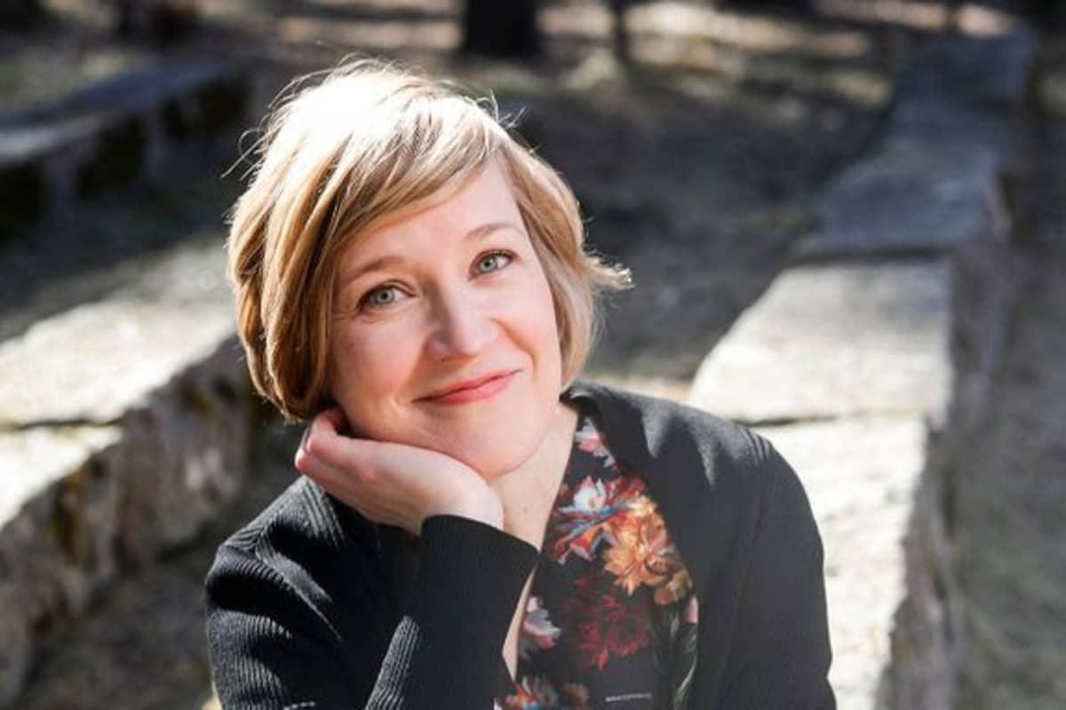 Jyväskylän yliopiston kieli- ja viestintätieteiden laitoksen professori Anu Sivunen