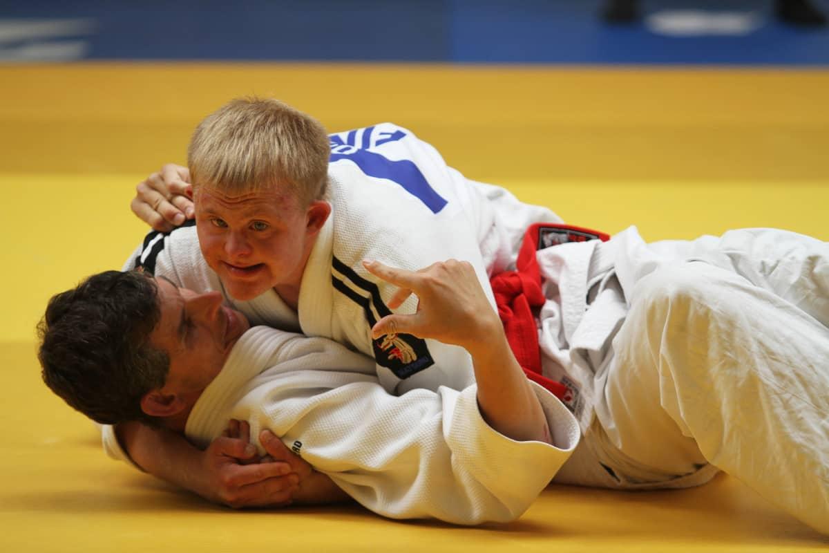 Siilinjärveläinen judoka Mikko Niskanen Special Olympics -kisoissa Belgiassa 2014