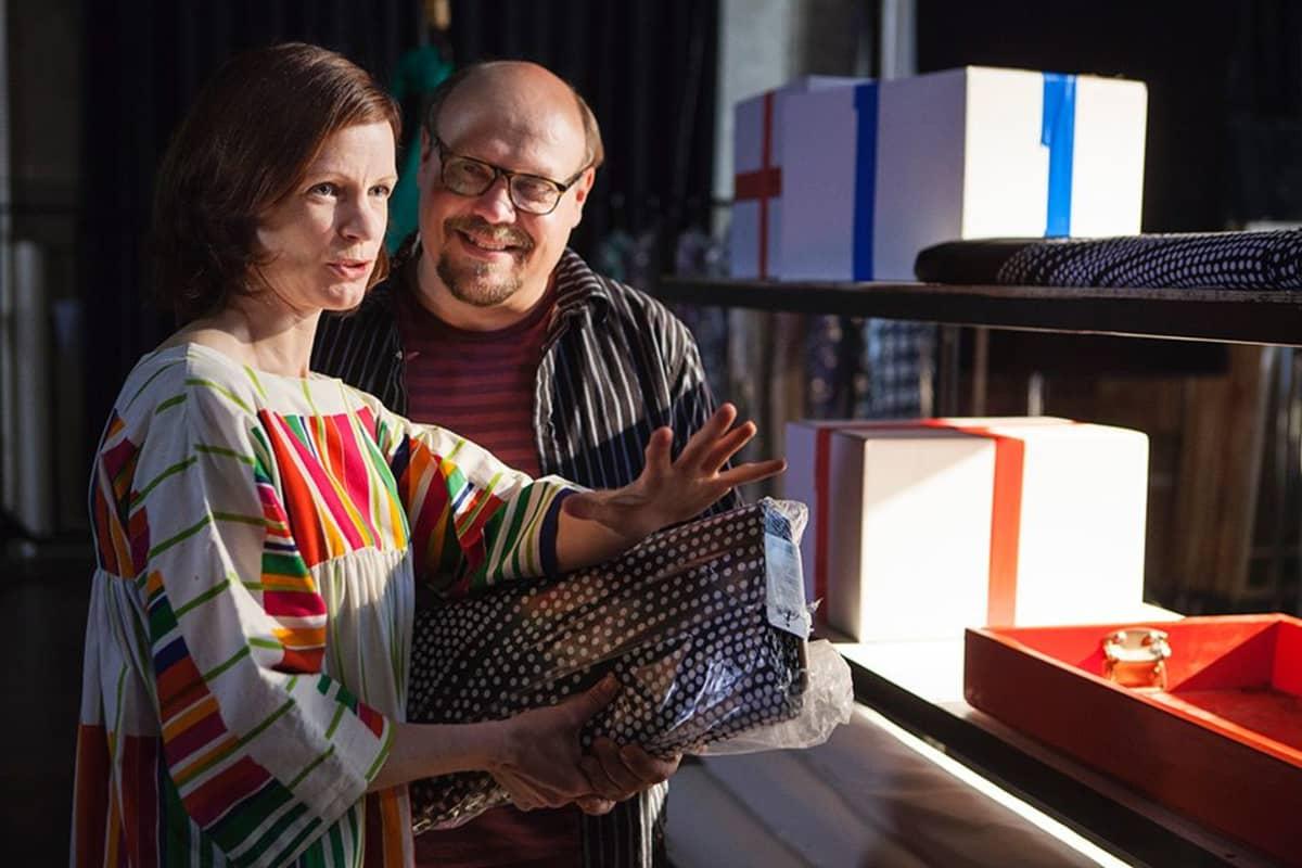 Minna Haapkylä ja Hannu-Pekka Björkman