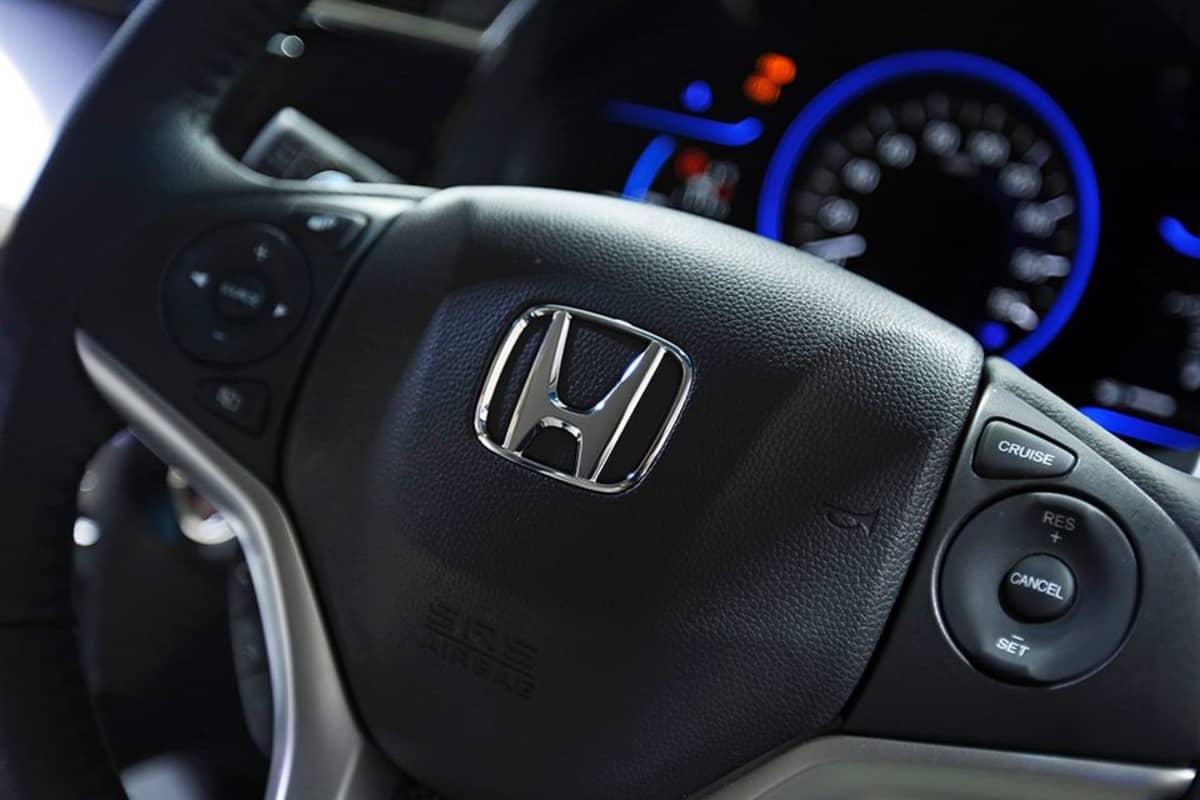 Honda-auton ratti.