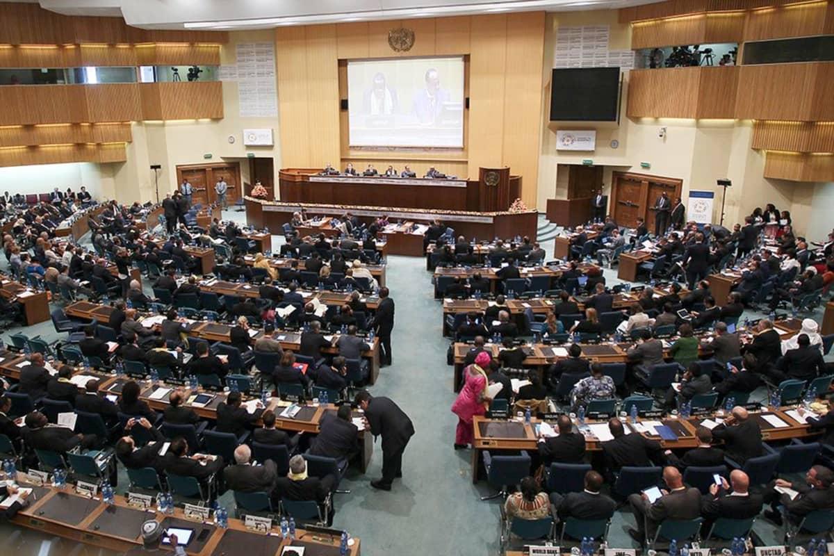 Köyhien ja rikkaiden valtioiden kehitysrahoituskokous.