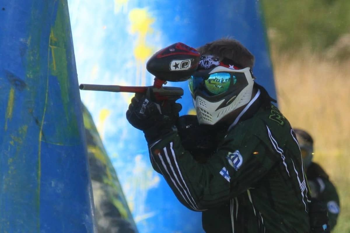 Paintball-pelaaja