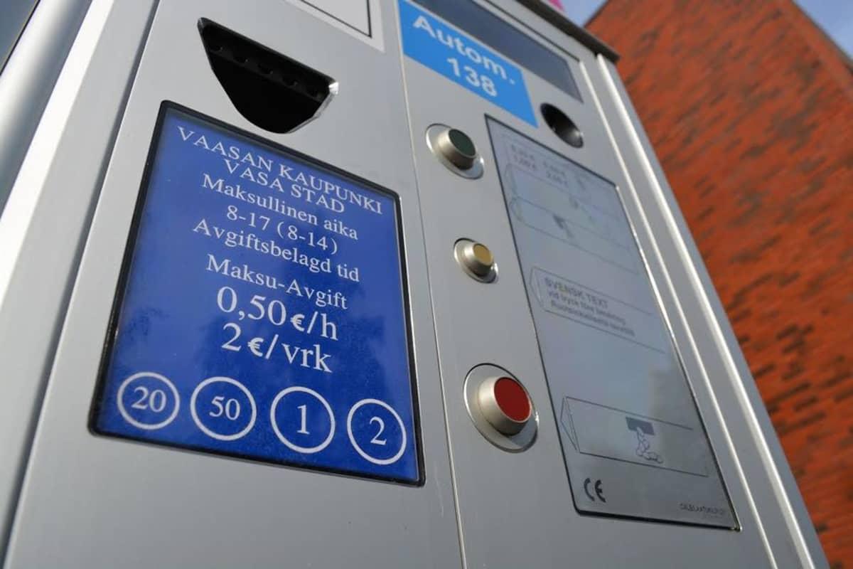 Parkkiautomaatti Vaasassa.
