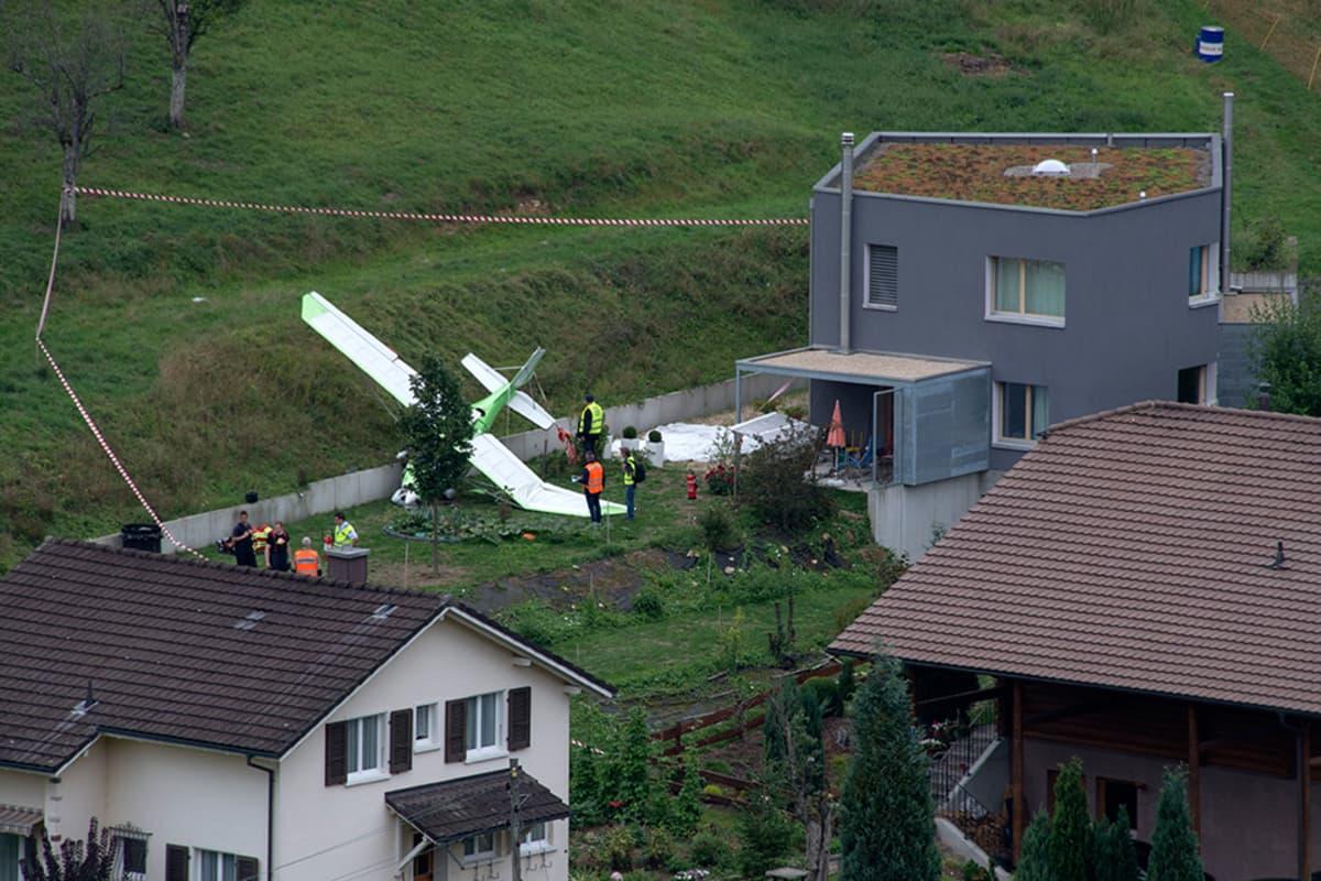 Dittingenin kylään pudonneet koneet Sveitsissä 23. elokuuta