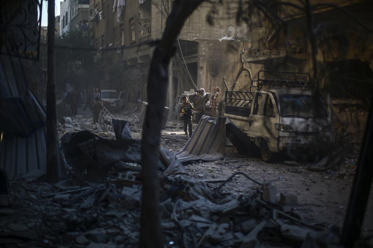 Raunioita Doumassa.