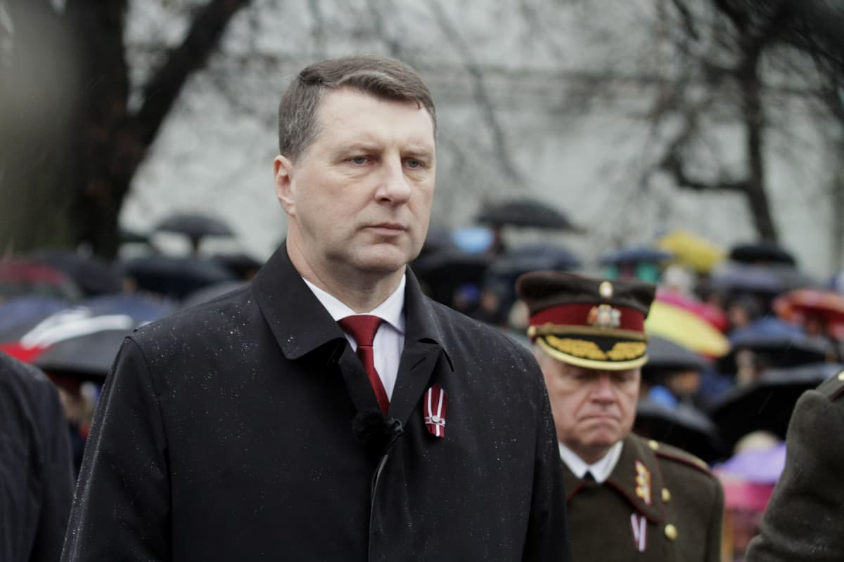 Latvian presidentti Raimonds Vejonis.