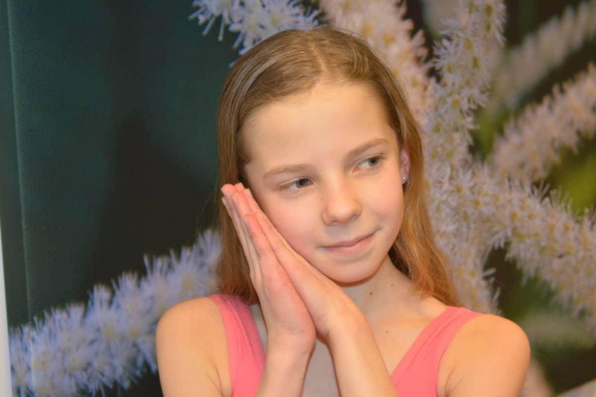 Pinja on valmis pinnistelemään menestyäkseen baletissa. Pietarin maailmankuulu balettiakatemia kutsuu ehkä jo ensi syksynä.