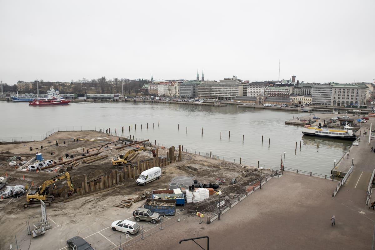Helsingin Katajanokan merikylpylä Allas 1.4.2016.