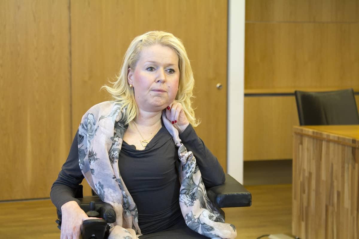 Elina Akaan-Penttilä