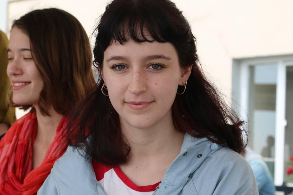 Nainen nuori