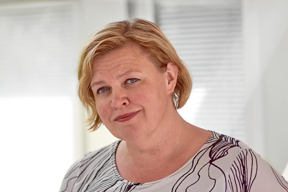 Elina Yrjölä