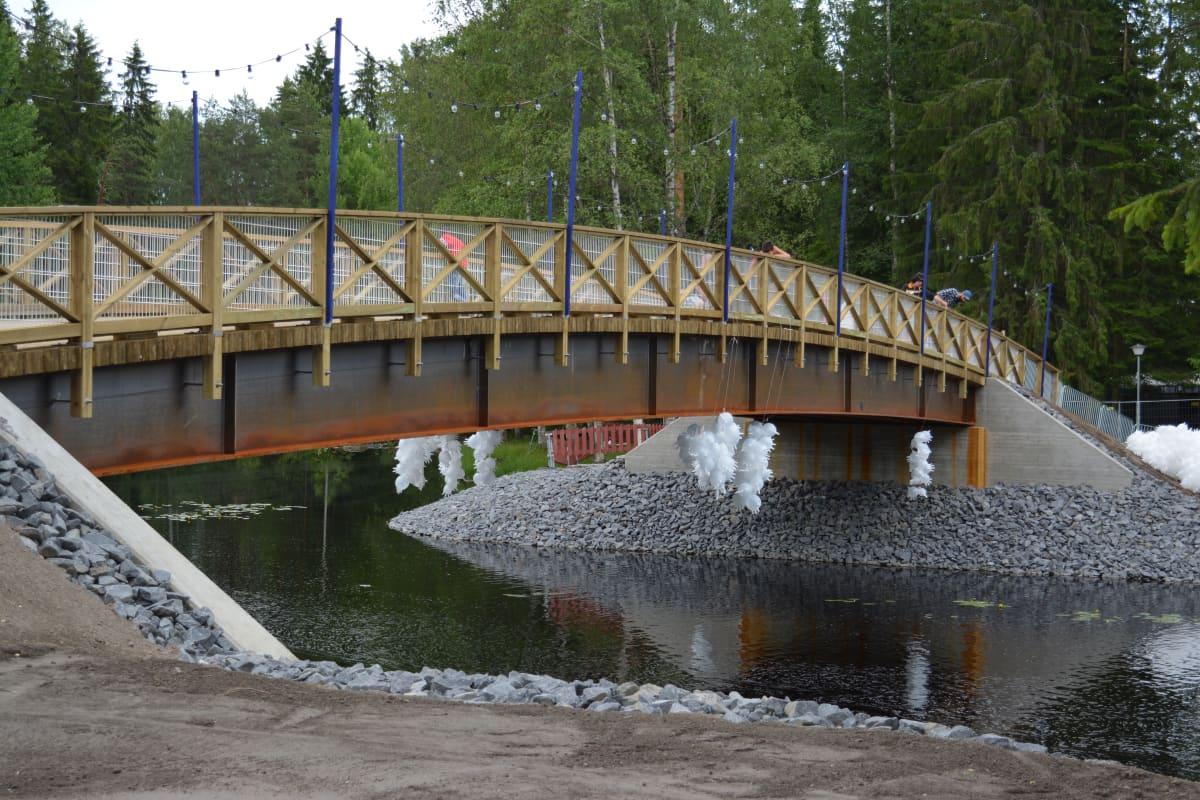 Provinssialueen uusi silta
