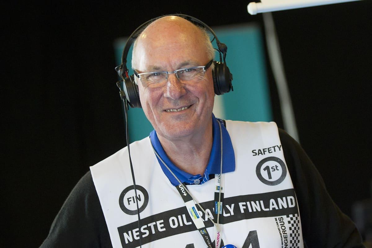 Ralliradio 2015: Tony Melville Kisastudiossa Lutakon tanssisalin alakerrassa.