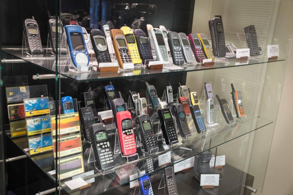 GSM-puhelimia.