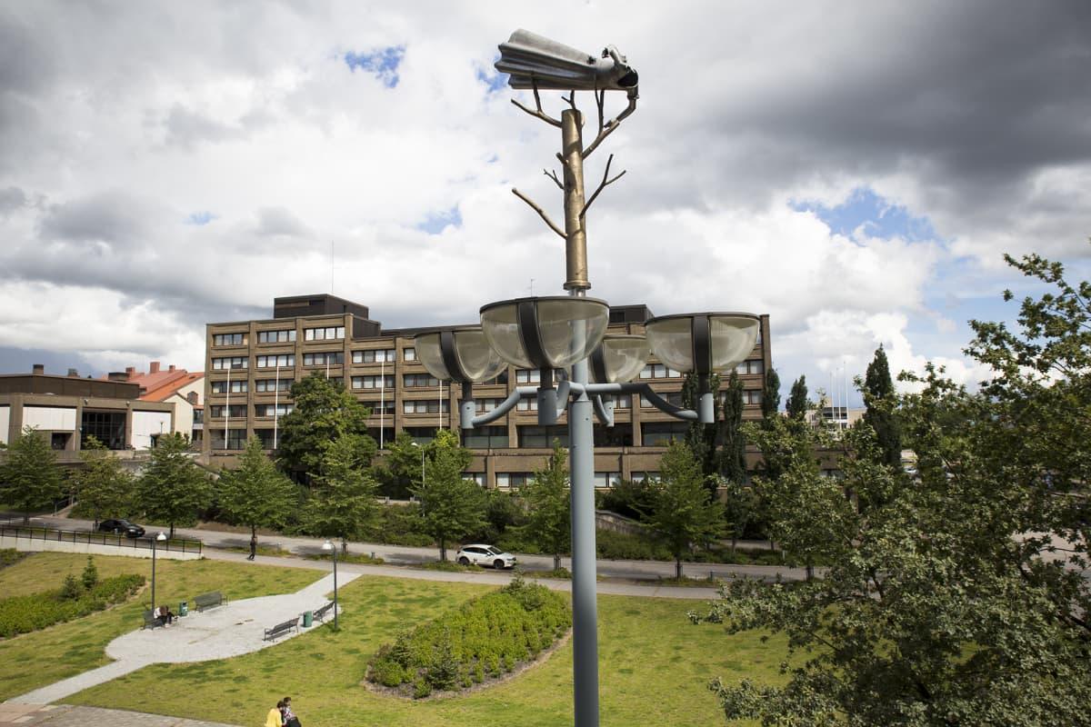 Espoon Keskuksessa sijaitseva kaupungintalo