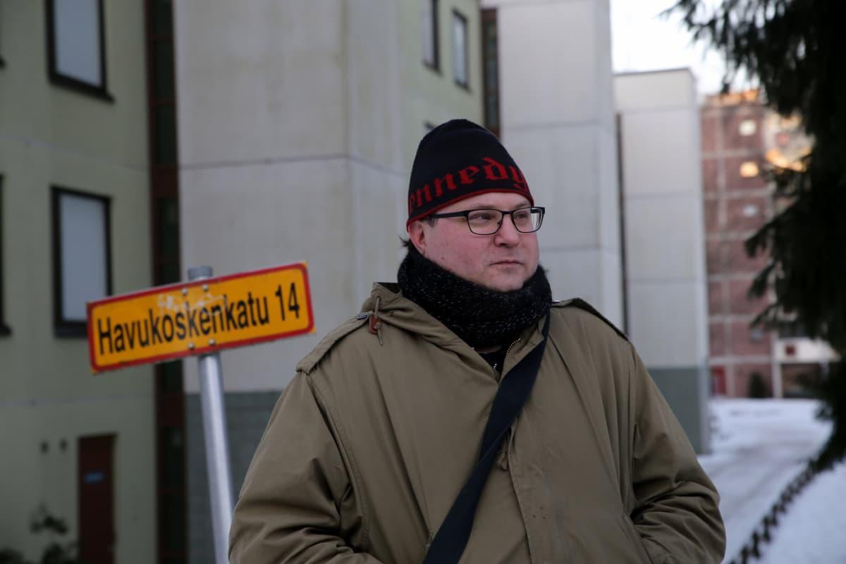 Alle kouluikäinen Elmeri Vehkala muutti Havukoskenkadulle Tampereelta talvella 1979.