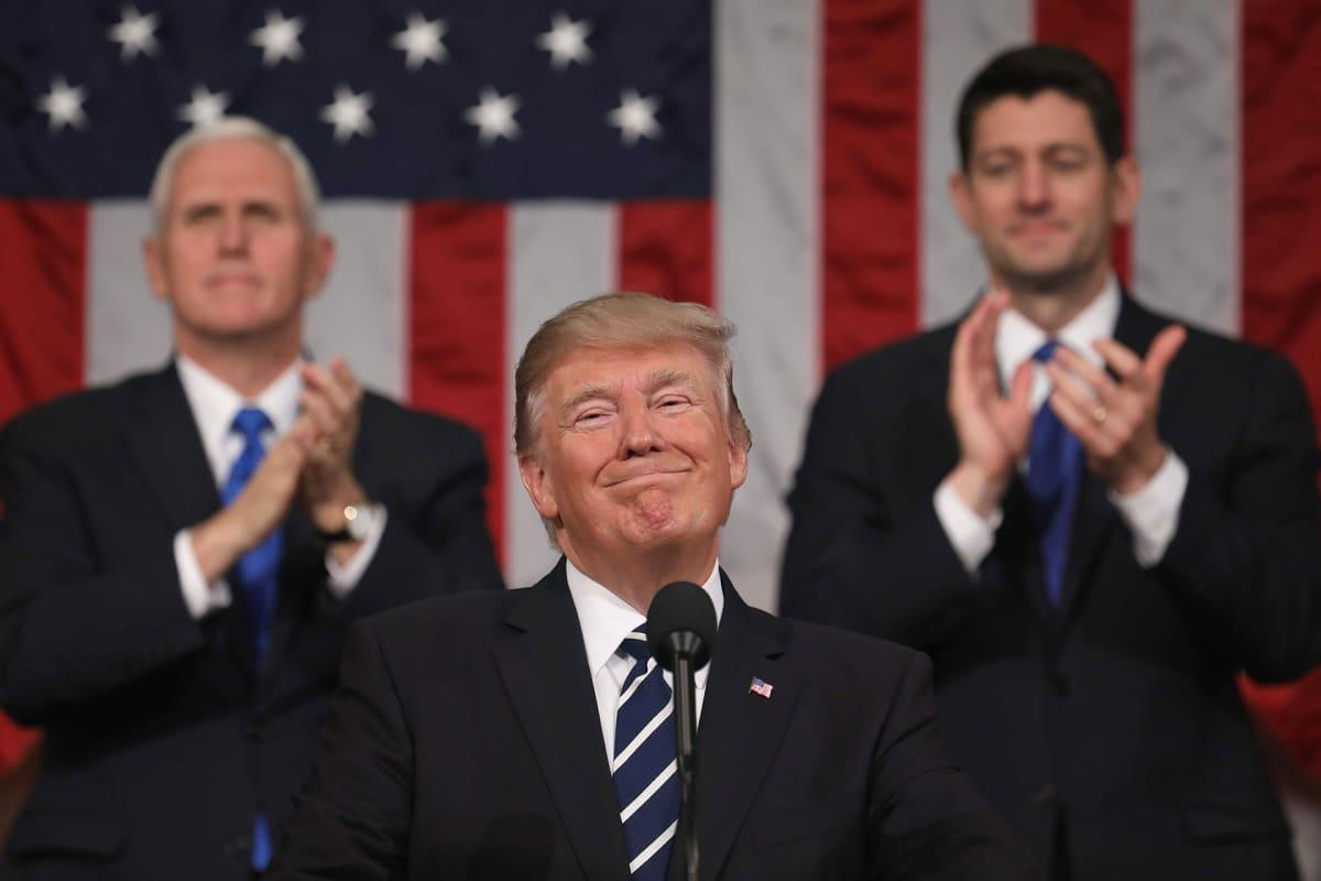 Presidentti Donald Trump pitämässä puhettaan Yhdysvaltain kongressille 28. helmikuuta 2017.