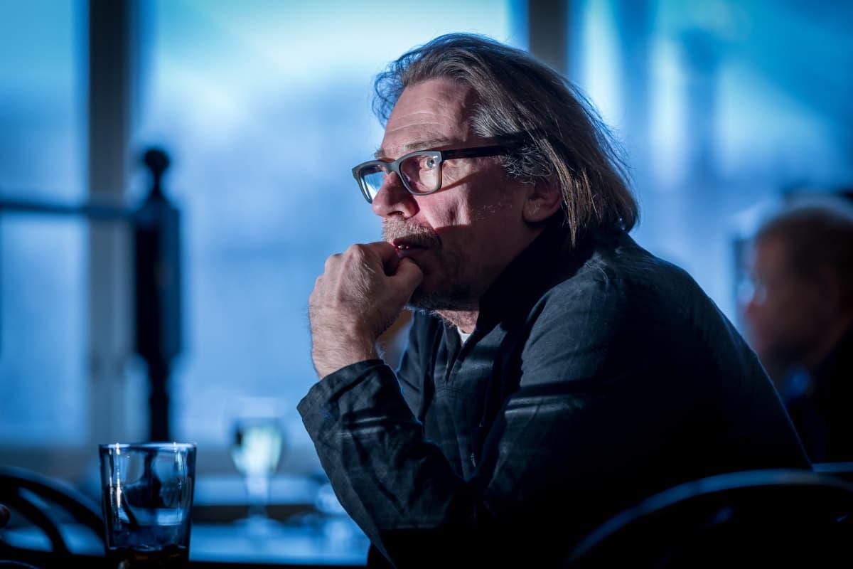 Matti Onnismaa on 2010-luvun työllistetyin suomalainen näyttelijä.