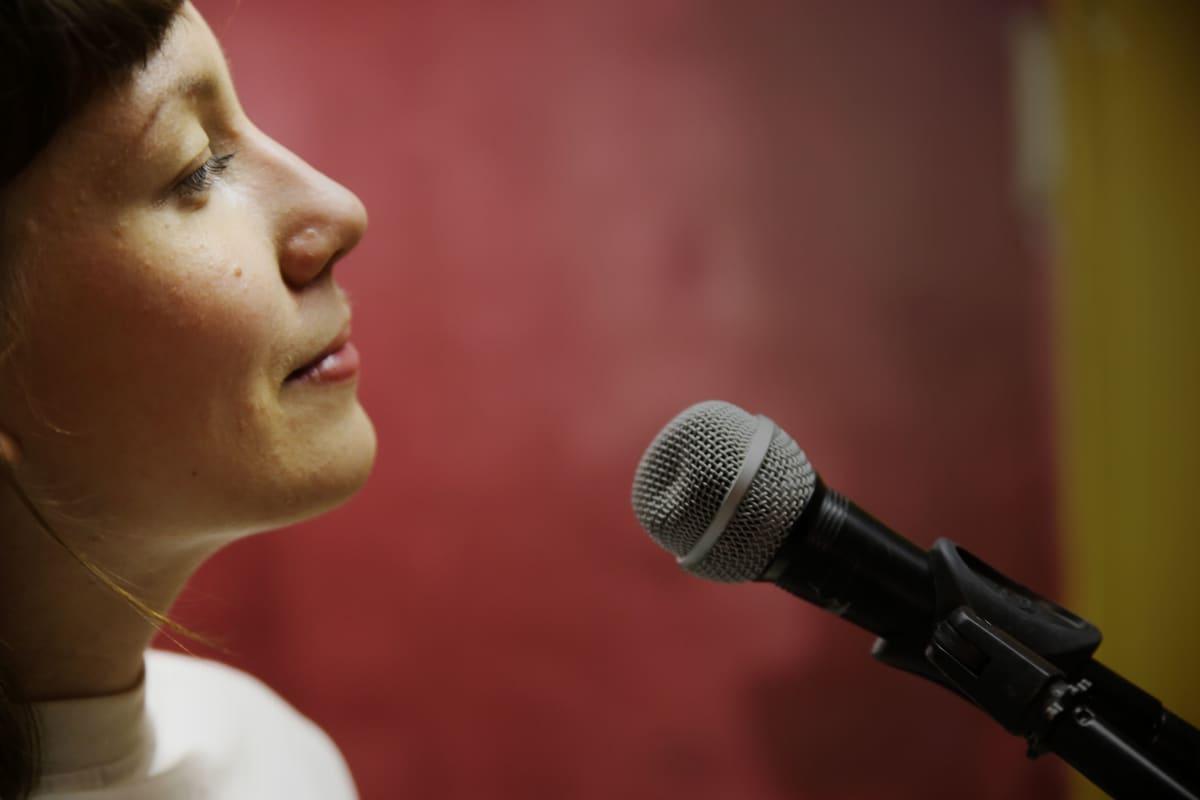 Sanna Klemetti on paitsi muusikko, myös akateeminen musiikintutkija.