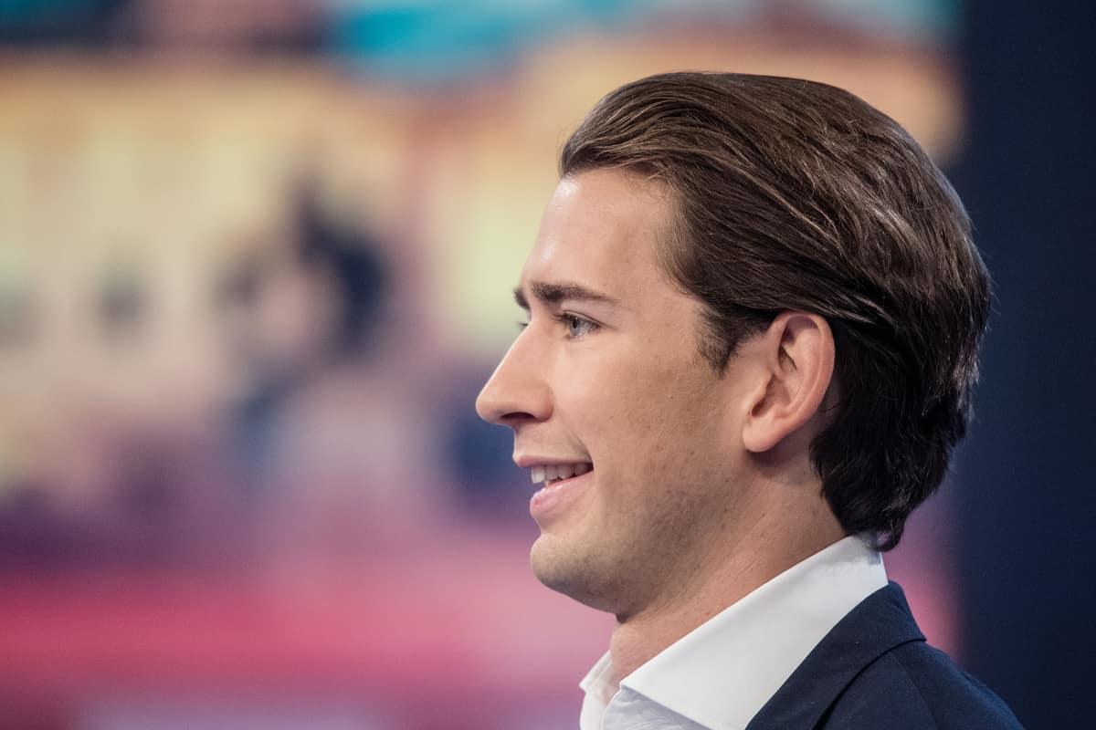 Sebastian Kurz nousi Itävallan ulkoministeriksi 27-vuotiaana.