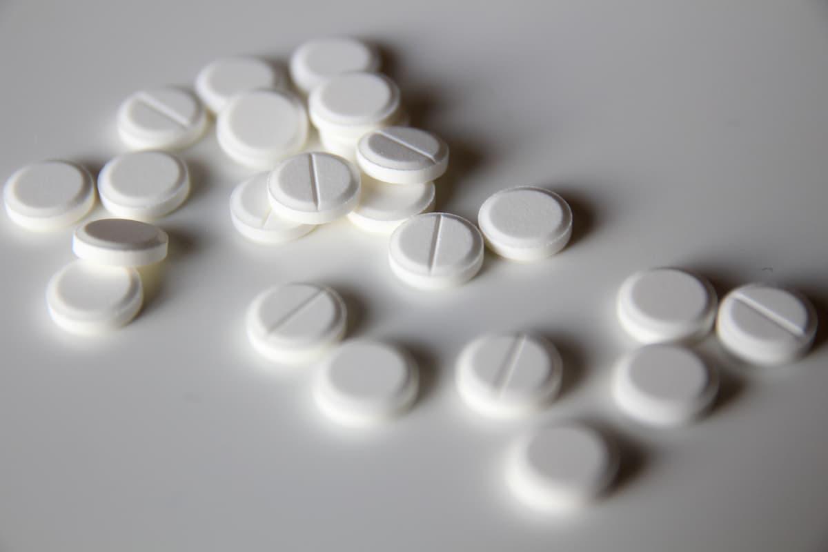 Pillereitä pöydällä