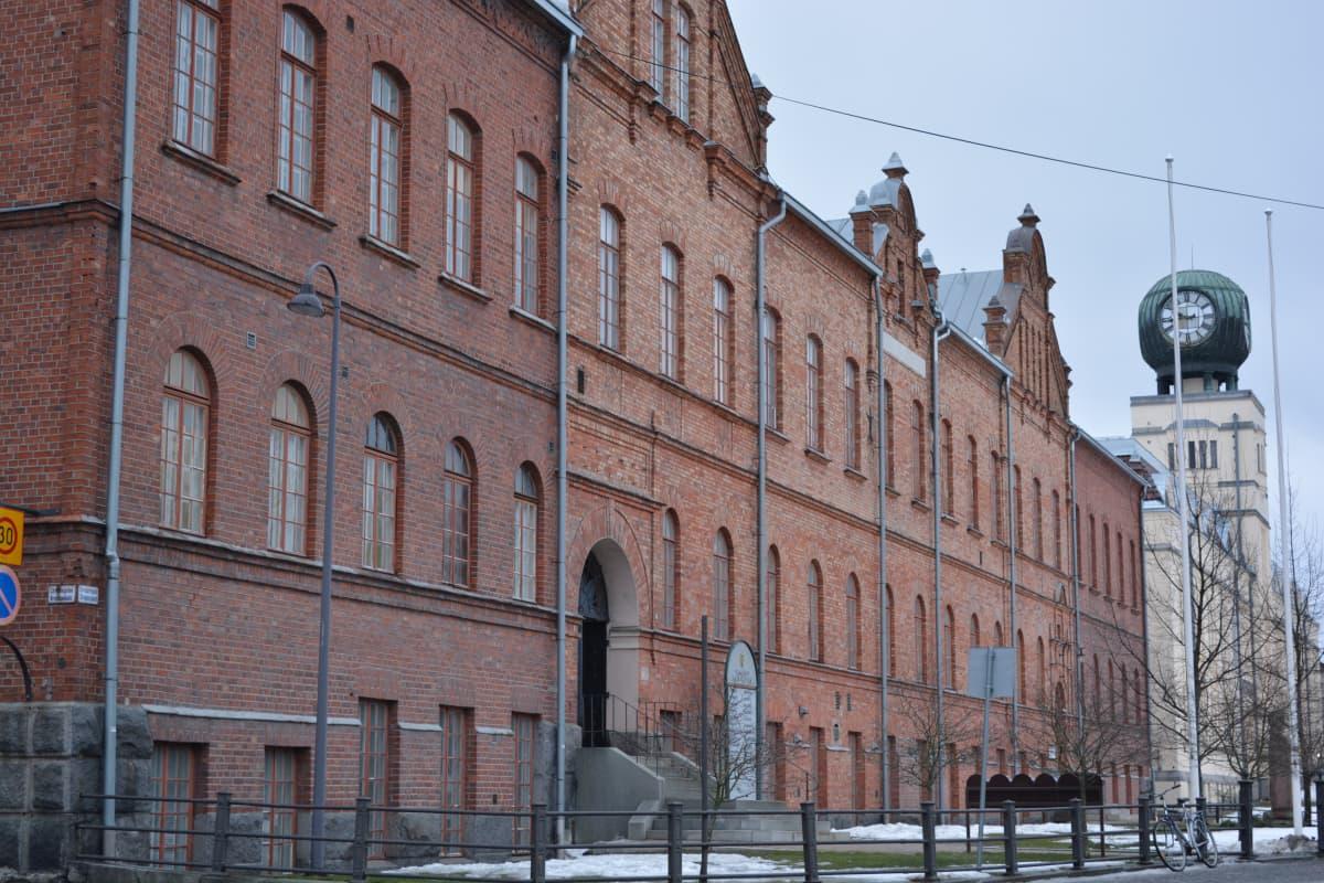 Pietarsaaren kaupungintalo.