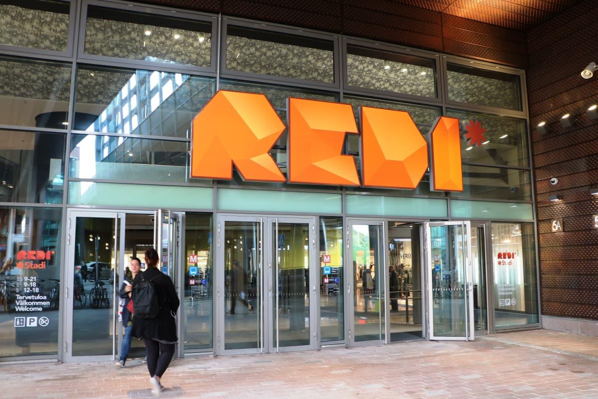 Ingången till köpcentret Redi i Fiskehamnen.
