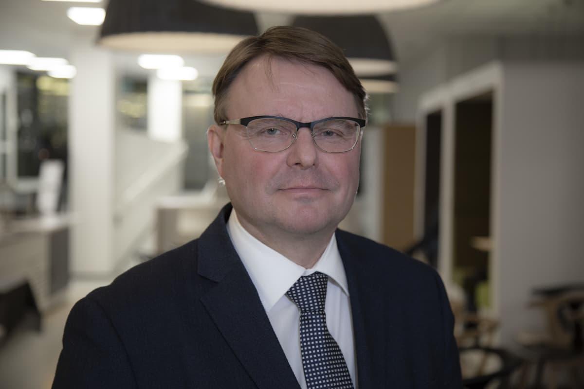 Petteri Laaksonen , tutkimusjohtaja