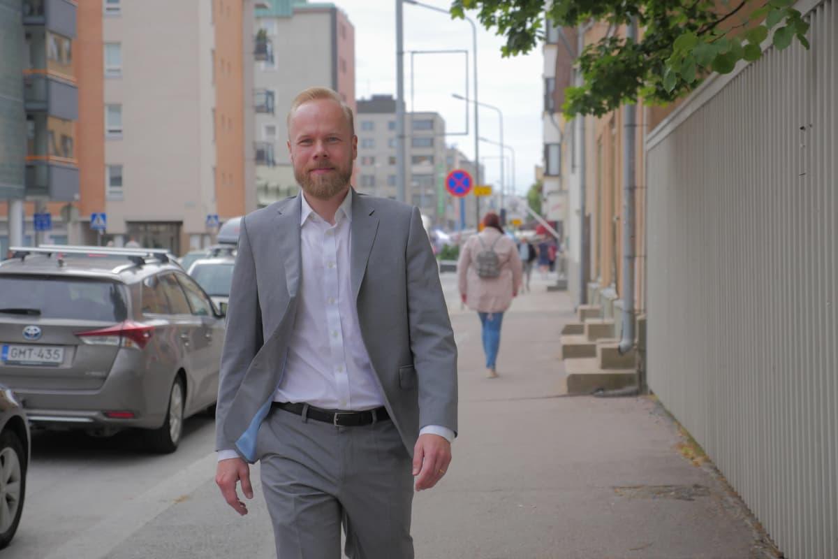 Aleksi Grym, Suomen pankin digitaalinen neuvonantaja