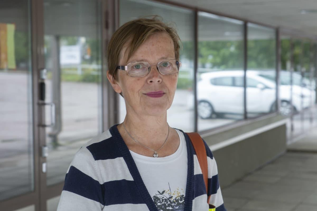 Turun yliopiston työterveyshuollon ja ympäristölääketieteen professori Tuula Putus.