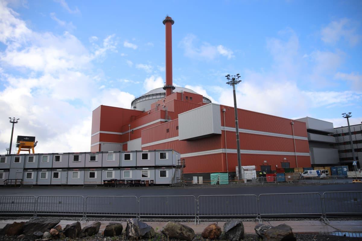Olkiluodon uudessa ydinvoimalassa jälleen viivästys: Projekti arviolta kuusi viikkoa myöhässä