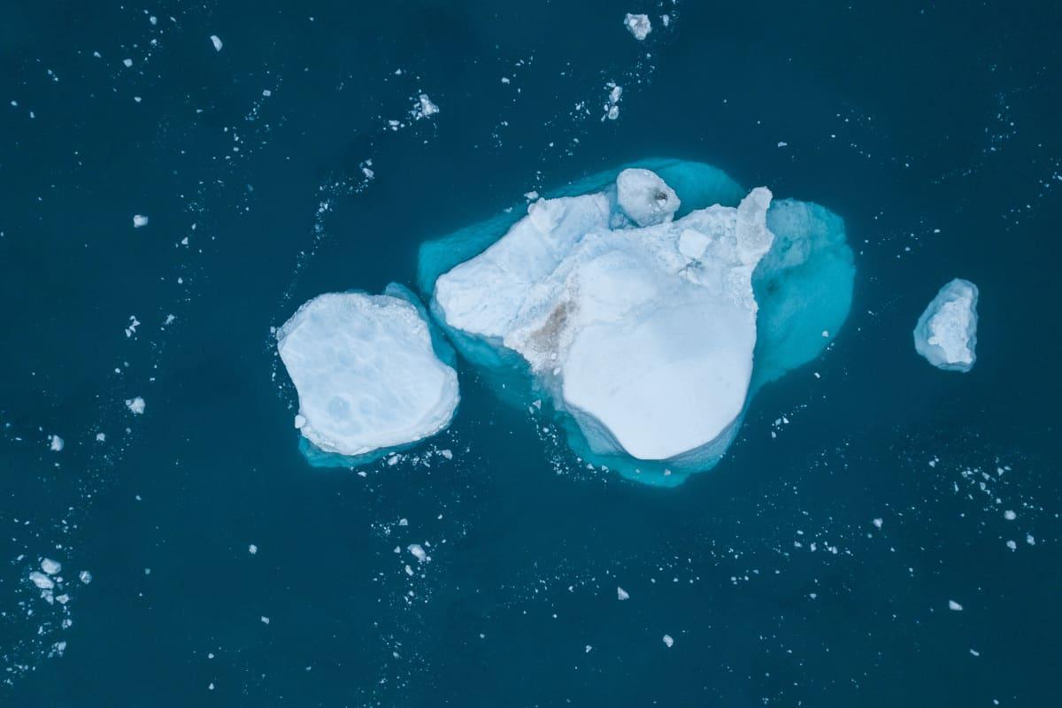 Jäävuori Grönlannin Ilulissatissa