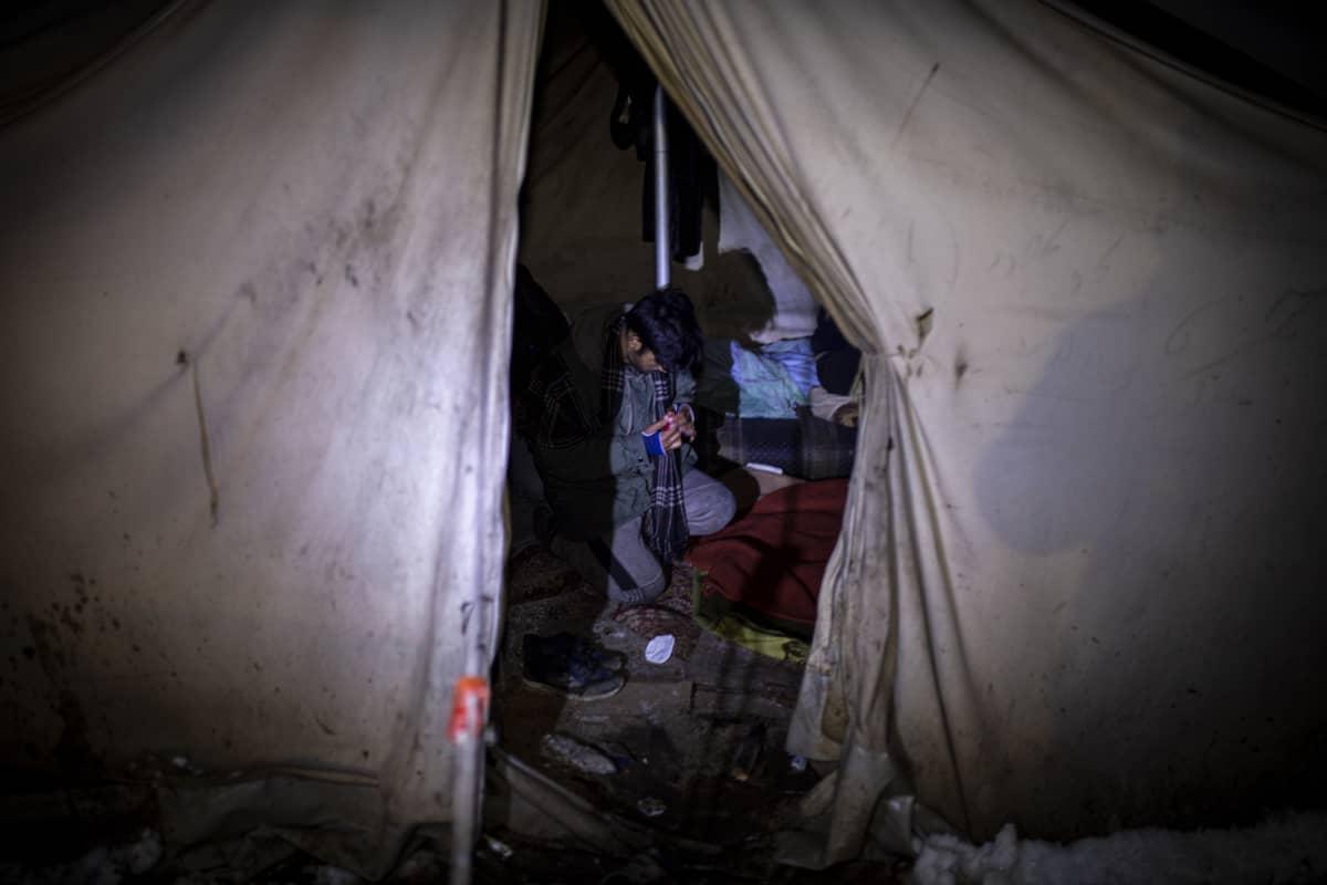 Pakolainen Vucikin leirillä, Bosniassa