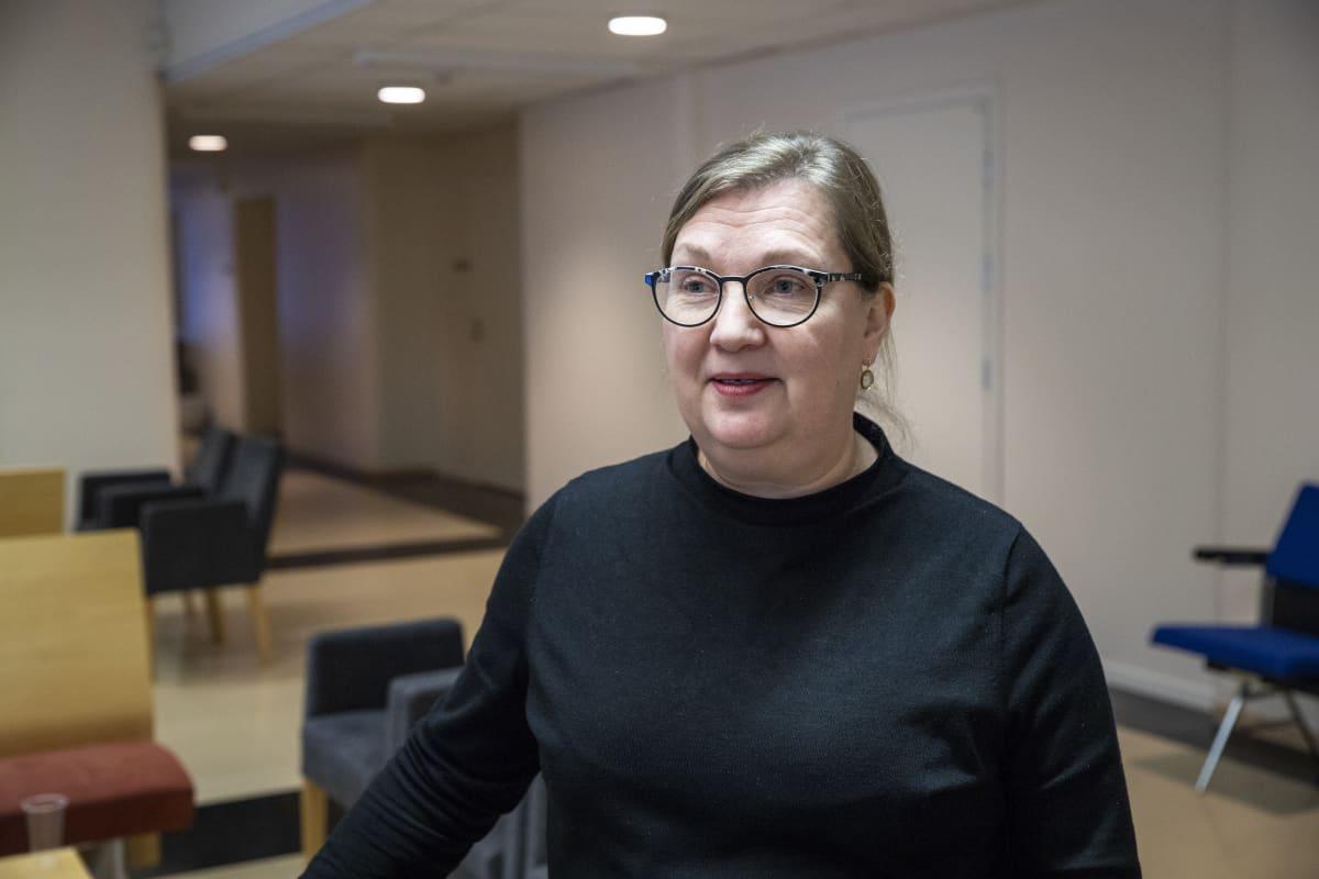 johtava konservaattori Kirsi Hiltunen, Kansallisgalleria