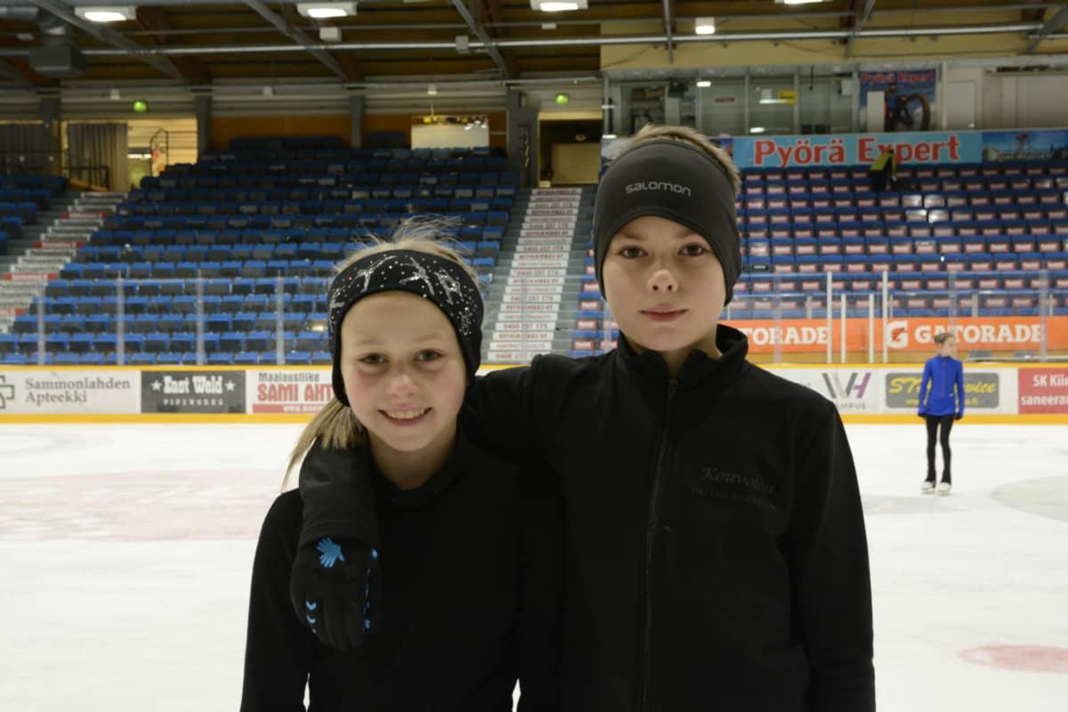 Lappeenrannan Taitoluistelijoiden Janna Jyrkinen ja Jussi Hagman valittiin taitoluistelun Suomen joukkueeseen PM-kisoihin Norjan Stavangeriin.