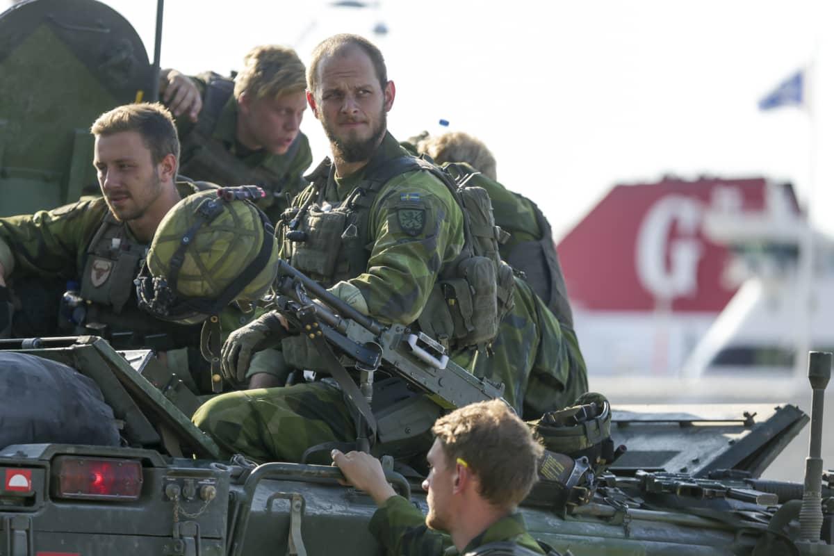 Ruotsi ja Suomi allekirjoittavat syvenevän puolustusyhteistyön sotilasstrategisen konseptin