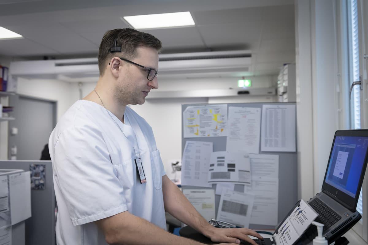 Terveyskeskuslääkäri Vili Arminen